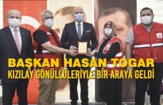 Başkan Togar Kızılay Gönüllüleriyle Bir Araya...