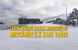 Ladik Akdağ Kayak Merkezi'ne Mevsimin İlk Karı...