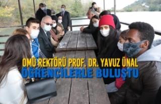 OMÜ Rektörü Prof. Dr. Yavuz Ünal Öğrencilerle...