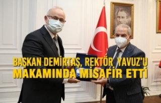 Başkan Demirtaş, Rektör Ünal Yavuz'u Makamında...