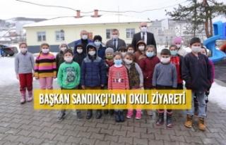 Başkan Sandıkçı'dan Okul Ziyareti