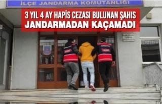 3 Yıl 4 Ay Hapis Cezası Bulunan Şahıs Jandarmadan...
