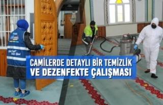 Canik'te Camilerde Detaylı Bir Temizlik ve Dezenfekte...