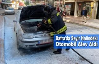 Bafra'da Seyir Halindeki Otomobil Alev Aldı