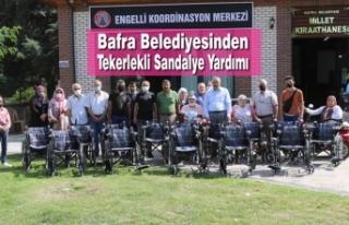 Bafra Belediyesinden Tekerlekli Sandalye Yardımı