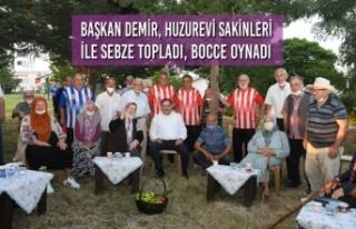 Başkan Demir, Huzurevi Sakinleri İle Sebze Topladı,...