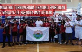 Muaythai Turnuvasında İlkadımlı Sporcular 7 Madalya...