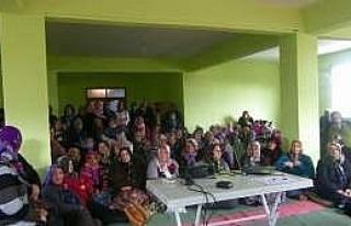 Ağcagüney'de 'meme Muayenesi' Eğitimi