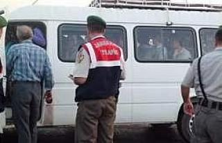 Akhisar'da Jandarmadan Trafiğe Sıkı Denetim