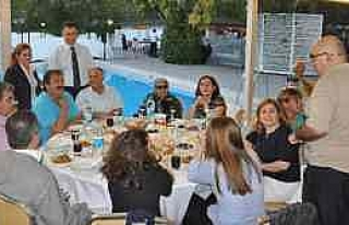 Aksaray'da Avukatlar İftar Sofrasında Buluştu