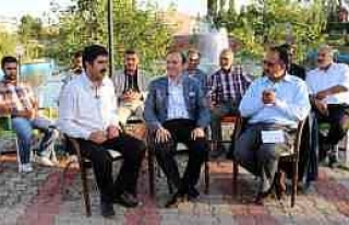 Başkan Küçükler, Hınıs'ta Ziyaretlerini Sürdürdü...