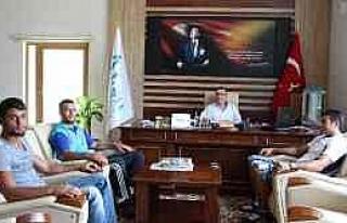 Güreşçilerden Aksu Belediyesi'ne Ziyaret
