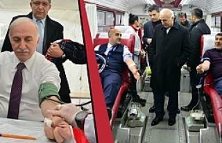 'Kan Ver, Can Ver' Kampanyası Samsun'da Başladı