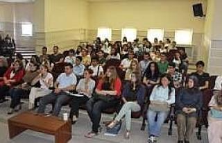 Omü'ye Yeni Gelen Öğrencilerle Tanışma Toplantıları...
