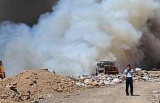 Simav'da Çöplük Yangını Kontrol Altına Alındı...