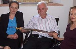 Tarihi Kılıç, Bafra Müzesi'ne Teslim Edildi
