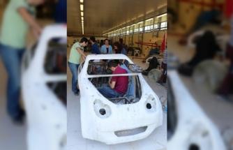 Üniversitelilerin el emeği göz nuru elektromobil: