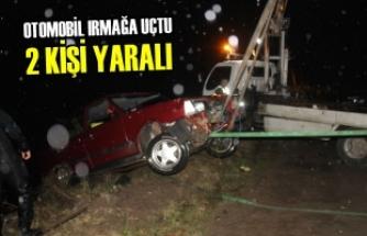 Otomobil Irmağa Uçtu: 2 Kişi Yaralı
