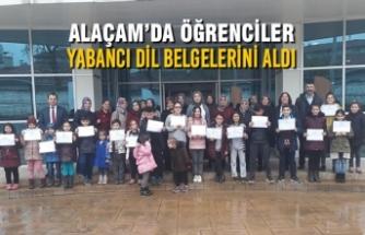 Alaçam'da Öğrenciler Yabancı Dil Belgelerini Aldı