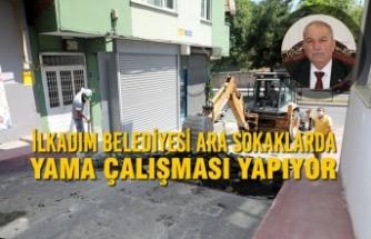 İlkadım Belediyesi Ara Sokaklarda Yama Çalışması Yapıyor