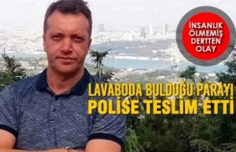 Lavaboda Bulduğu Parayı Polise Teslim Etti