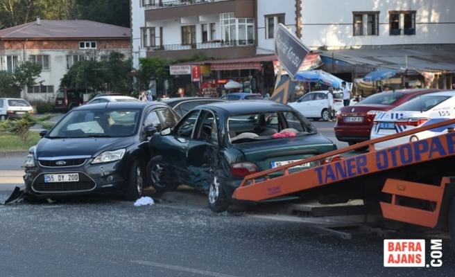 Samsun'da Trafik Kazası: 7 Yaralı
