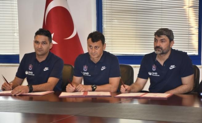 Trabzonspor'da yardımcı antrenörler sözleşme imzaladı