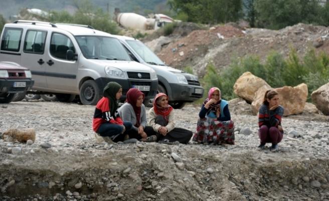 Tokat'ta Kelkit Çayı'nda kaybolduğu iddia edilen çocuk aranıyor