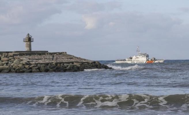 Kastamonu'da denize giren iki genç kayboldu