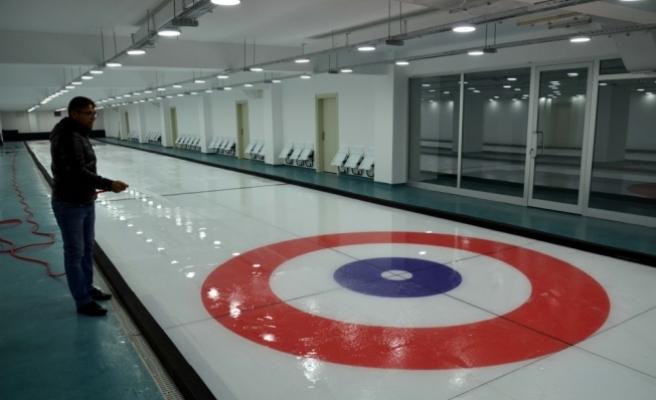 Türkiye'nin üçüncü curling salonu, Amasya'da hizmete açıldı