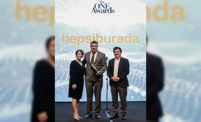 Hepsiburada e-ticarette yılın en itibarlı markası seçildi