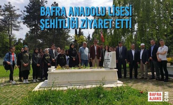 Bafra Anadolu Lisesi Şehitliği Ziyaret Etti