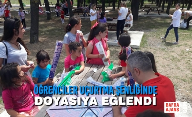 Öğrenciler Uçurtma Şenliğinde Doyasıya Eğlendi