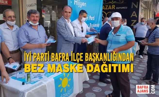 İyi Parti Bafra İlçe Başkanlığından Bez Maske Dağıtımı