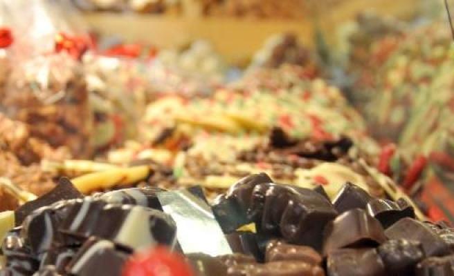Bayramda Çocukların Aşırı Şeker Tüketimine Dikkat