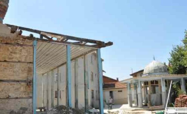 (özel Haber) Köylüler Düğün Salonunu Camiye Çevirdi