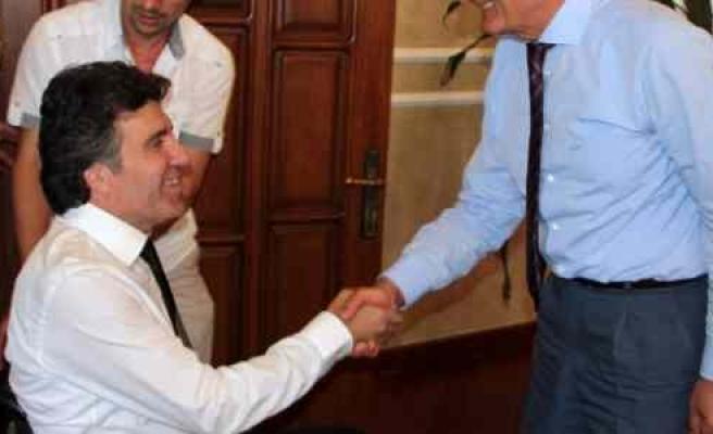 Samsunspor'un Yeni Yönetimi, Başkan Yılmaz'ı Ziyaret Etti