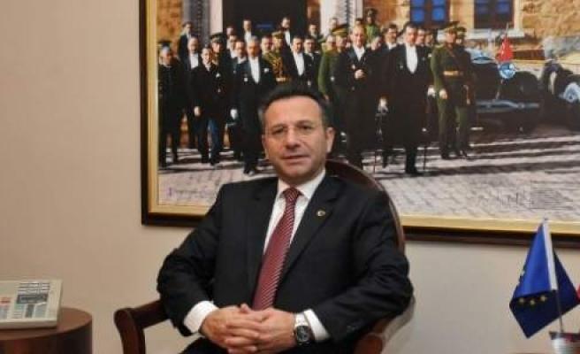 "Vali Aksoy: ""müstesna Zaman Dilimleri"""