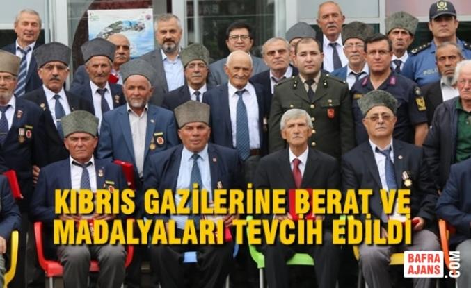 Kıbrıs Gazilerine Berat Ve Madalyaları Tevcih Edildi